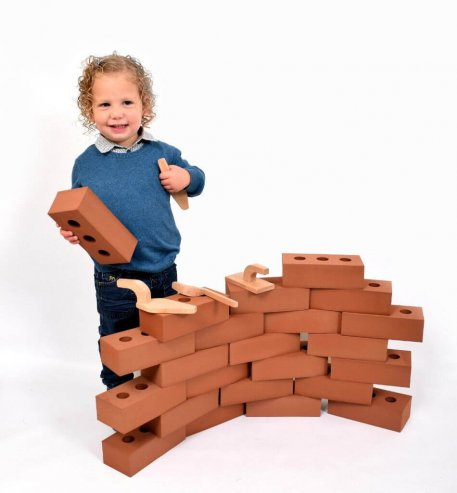 25-piece-giant-life-size-bricks-1